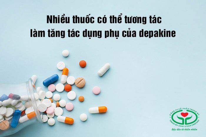 Một số thuốc khi dùng đồng thời có thể gây tăng tác dụng phụ của thuốc depakine